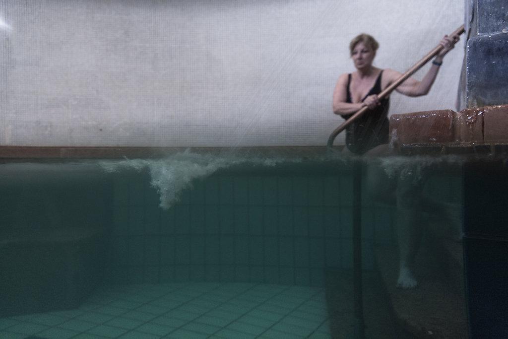 underwater-6-of-9.jpg